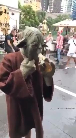 Yoda drinking a pint collection item